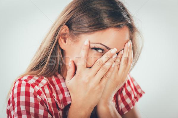 Bella vergogna ragazza bella ridere coperto Foto d'archivio © MilanMarkovic78