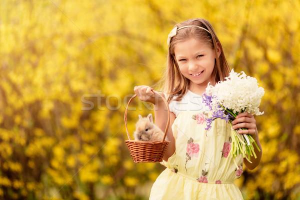 Iyi paskalyalar güzel gülen küçük kız sevimli Stok fotoğraf © MilanMarkovic78