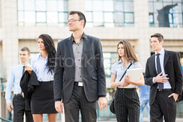 Jeunes équipe commerciale affaires permanent équipe affaires Photo stock © MilanMarkovic78