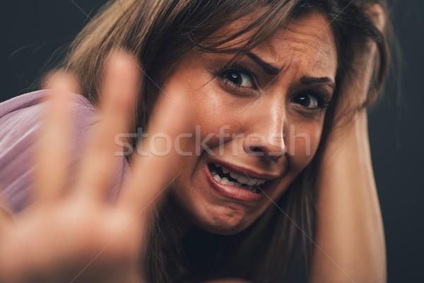 Geen me jonge vrouw bidden naar Stockfoto © MilanMarkovic78