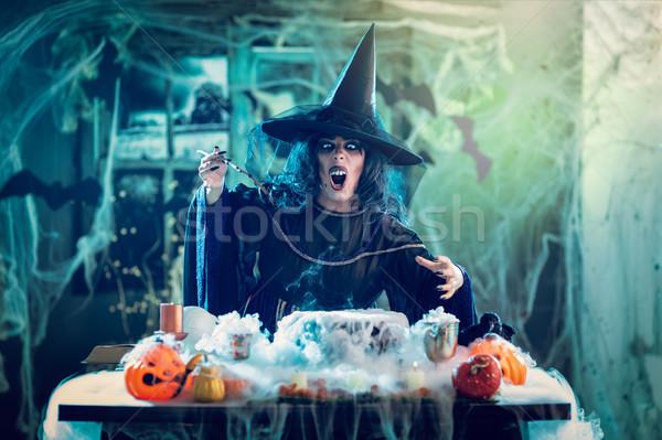 ведьмой зла лице Hat голову пресмыкающийся Сток-фото © MilanMarkovic78