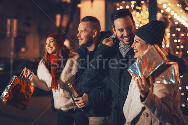 クリスマス ショッピング 一緒に 4 笑みを浮かべて 小さな ストックフォト © MilanMarkovic78