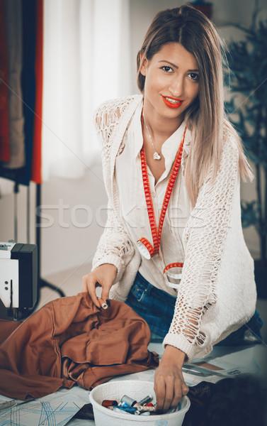Stockfoto: Jonge · mode · ontwerper · mooie · meisje · permanente