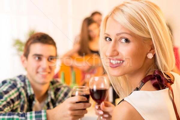 Młodych piękna dziewczyna facet okulary wina Zdjęcia stock © MilanMarkovic78