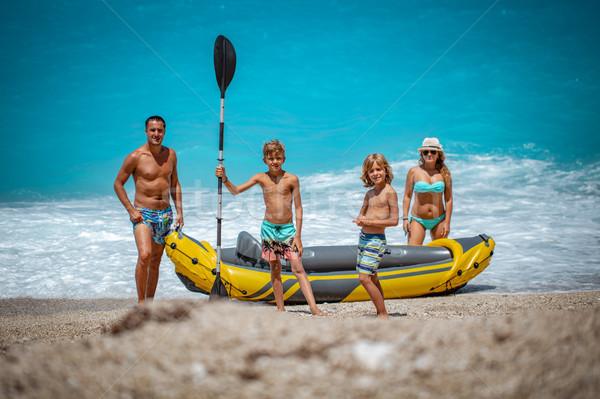 байдарках резиновые подготовленный счастливая семья парусного Сток-фото © MilanMarkovic78