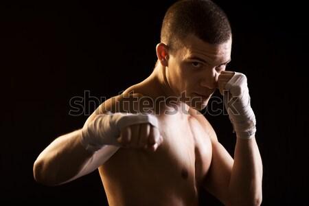 Savaşçı genç siyah saldırı pozisyon boks Stok fotoğraf © MilanMarkovic78