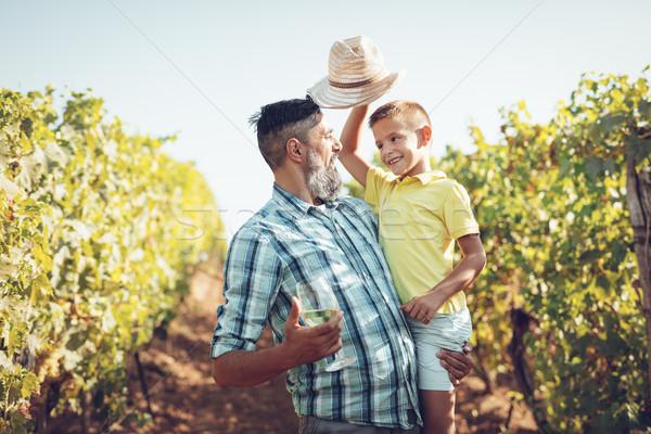 Famille vignoble belle souriant père cute Photo stock © MilanMarkovic78