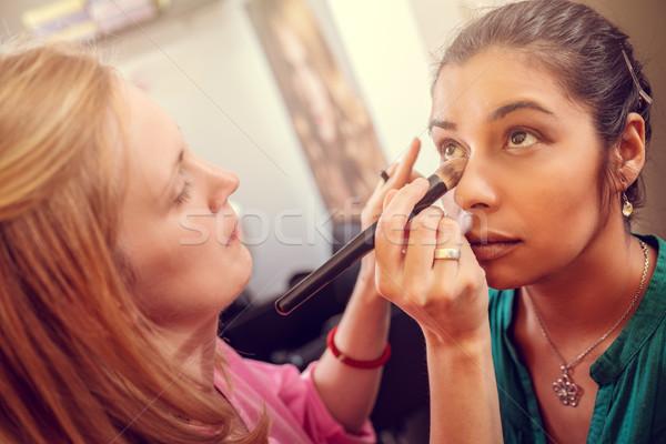 Tökéletes smink alkalmazás sminkmester gyönyörű lányok Stock fotó © MilanMarkovic78