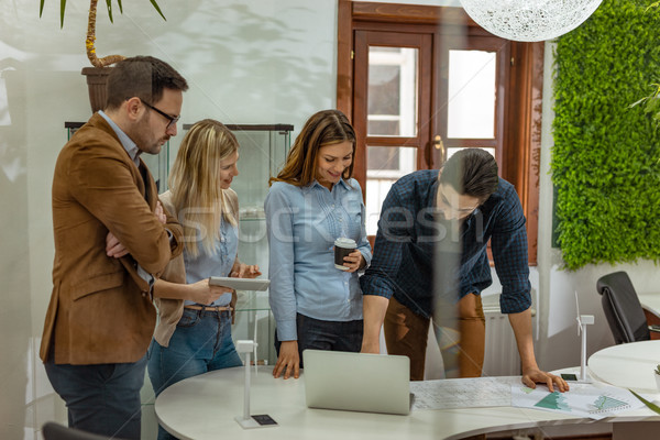 Finale project team smart geschoold Stockfoto © MilanMarkovic78