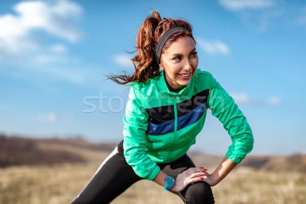 Esforço diariamente jovem mulher da aptidão exercer Foto stock © MilanMarkovic78