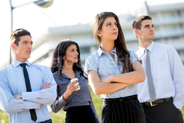 Zespół firmy młodych udany kobieta interesu zespołu przerwie Zdjęcia stock © MilanMarkovic78