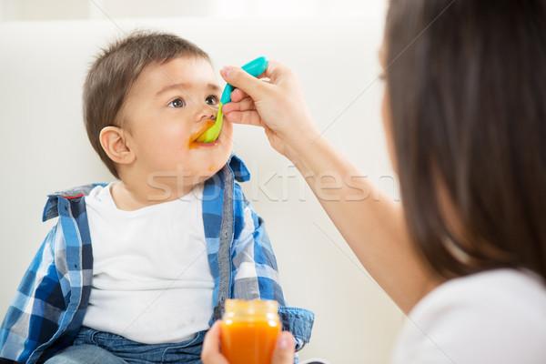 Stock fotó: Anya · etetés · baba · fiú · kanál · étel
