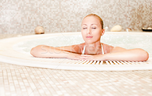 расслабляющая джакузи молодые красивая женщина женщину белый Сток-фото © MilanMarkovic78