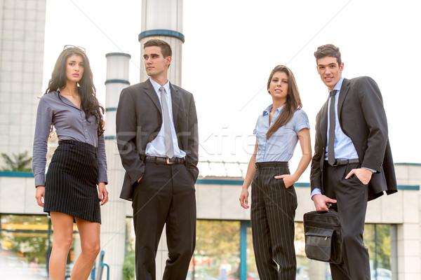 Zdjęcia stock: Młodych · zespół · firmy · grupy · udany · ludzi · biznesu · stałego