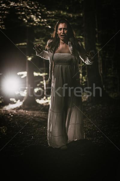 Korkmuş kız orman genç korkmuş kadın Stok fotoğraf © MilanMarkovic78