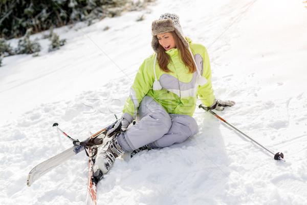 лыжах аварии красивой молодые женщины лыжник Сток-фото © MilanMarkovic78