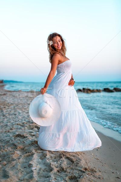 Sol mar alma belo jovem sorrindo Foto stock © MilanMarkovic78