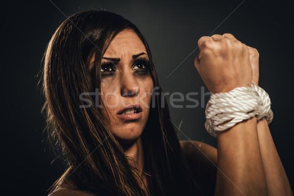 Ofiara zdesperowany kobieta liny ciemne Zdjęcia stock © MilanMarkovic78