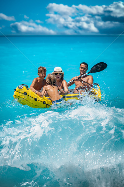 семьи счастливая семья желтый байдарках Сток-фото © MilanMarkovic78