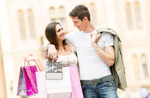 Amorevole Coppia shopping giovani felice eterosessuale Foto d'archivio © MilanMarkovic78
