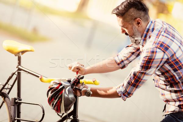Moto casual empresario trabajo bicicleta Foto stock © MilanMarkovic78