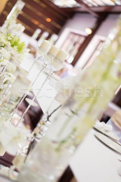 結婚式 表 装飾 キャンドル 花 ガラス製品 ストックフォト © MilanMarkovic78