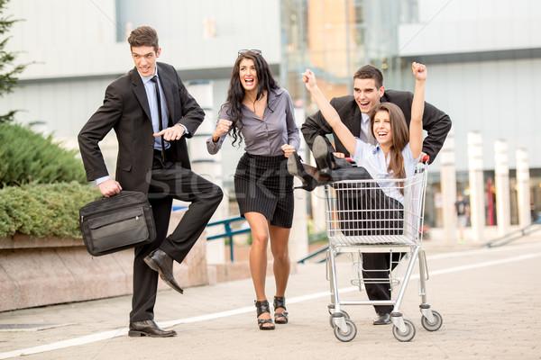 Zdjęcia stock: Udany · zespół · firmy · grupy · młodych · ludzi · biznesu · ulicy
