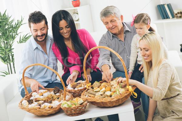 Home catering famiglia felice mangiare decorato Foto d'archivio © MilanMarkovic78