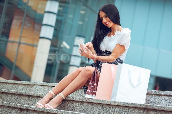 Blogging di successo shopping ragazza molti Foto d'archivio © MilanMarkovic78