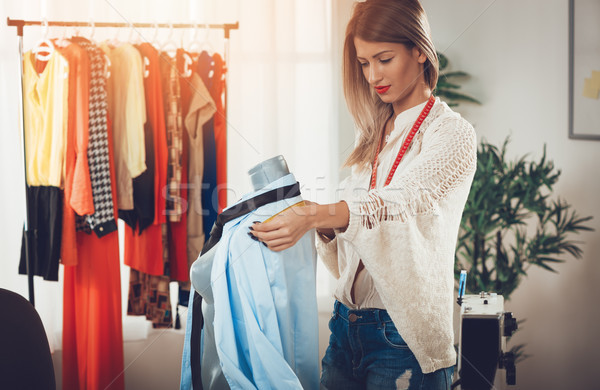 Mode designer mannequin jeunes belle fille mesure Photo stock © MilanMarkovic78