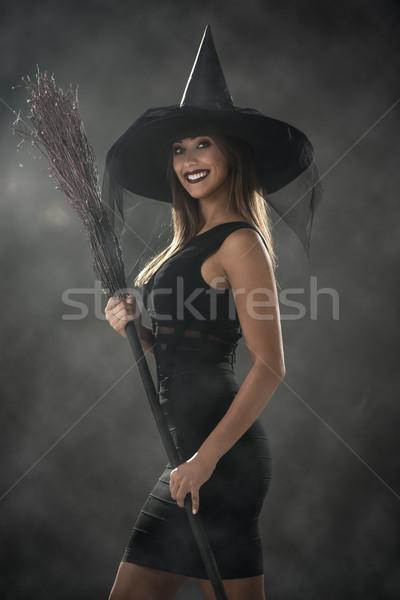 Halloween cadı genç kadın gibi karanlık giyim Stok fotoğraf © MilanMarkovic78