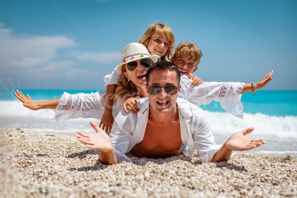 夏天 生活 快樂 年輕 家庭 小 商業照片 © MilanMarkovic78