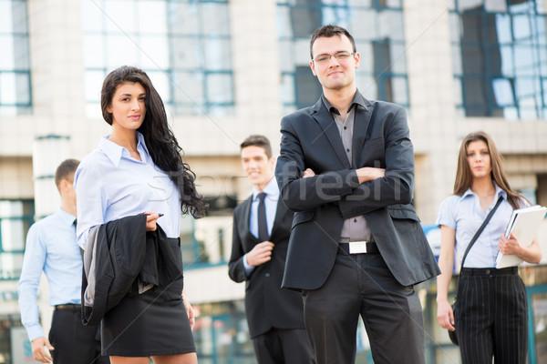 Zdjęcia stock: Młodych · kobieta · interesu · biznesmen · zespołu · stałego