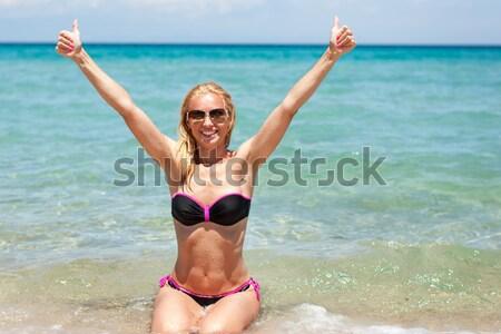 キャッチ 夏 太陽 美しい 若い女性 水着 ストックフォト © MilanMarkovic78