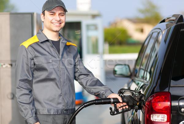 Uomo lavoro stazione di benzina mano lavoratore lavoro Foto d'archivio © Minervastock