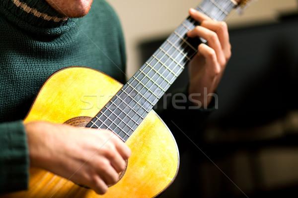 Erkek gitarist müzik adam gitar kaya Stok fotoğraf © Minervastock