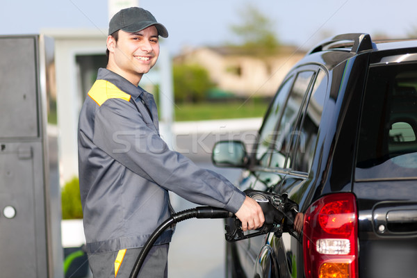 Tankstation werk hand man olie werknemer Stockfoto © Minervastock