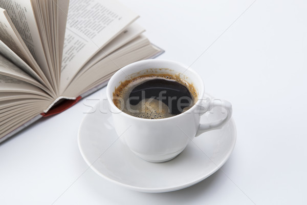 Кубок черный кофе пена открытой книгой книга пить Сток-фото © mizar_21984