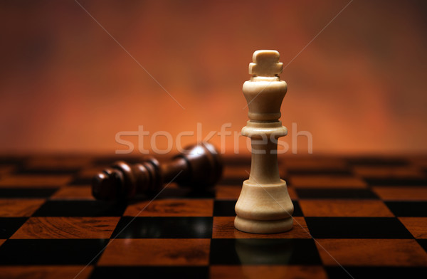 Ajedrez juego piezas mesa madera Foto stock © mizar_21984