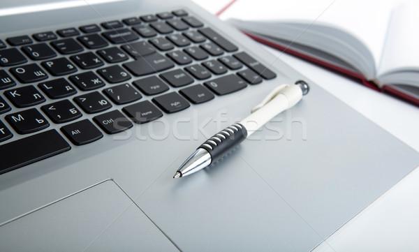 Moderno laptop tavola pen grigio Foto d'archivio © mizar_21984