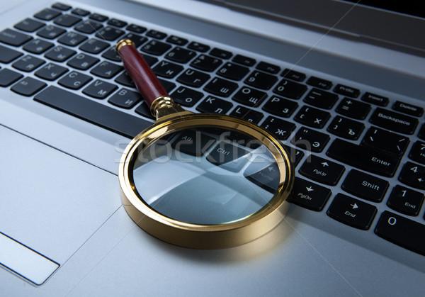 Iş arama Internet büyüteç bilgisayar klavye masaüstü Stok fotoğraf © mizar_21984