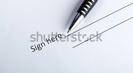 Jeden dokumentu miejsce podpis pióro umowy Zdjęcia stock © mizar_21984