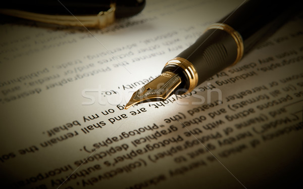 Töltőtoll szöveg lap papír közelkép toll Stock fotó © mizar_21984
