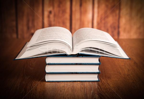 Kitaplar ahşap okul eğitim mavi Stok fotoğraf © mizar_21984