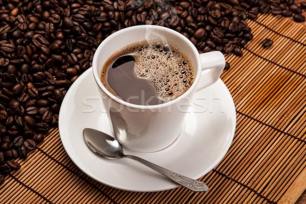 Fincan siyah kahve kahve fasulye Stok fotoğraf © mizar_21984