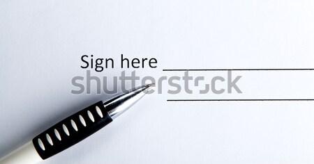 Uno documento luogo firma pen contratto Foto d'archivio © mizar_21984
