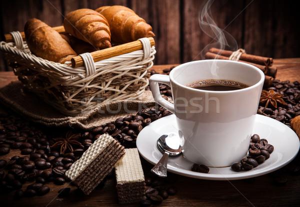 Kávé csendélet csésze fa asztal kosár Stock fotó © mizar_21984