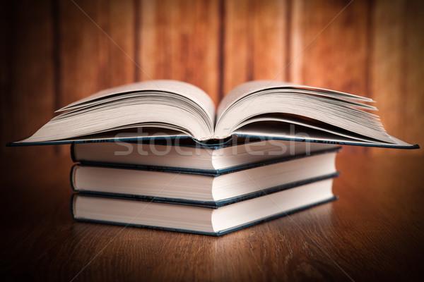 Boglya könyvek fa iskola oktatás kék Stock fotó © mizar_21984