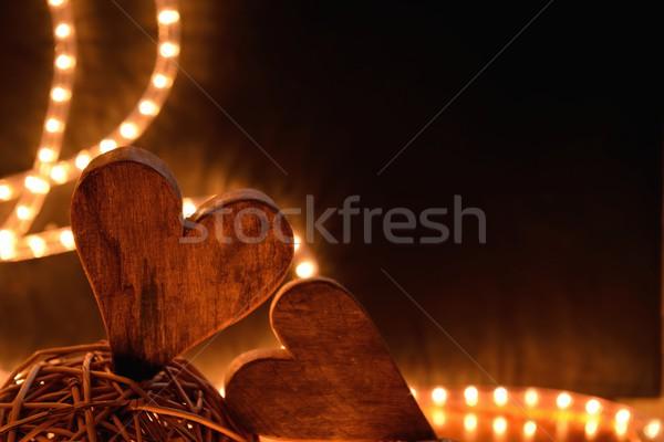 Foto stock: Dos · corazones · decoración · fondo · noche · negro