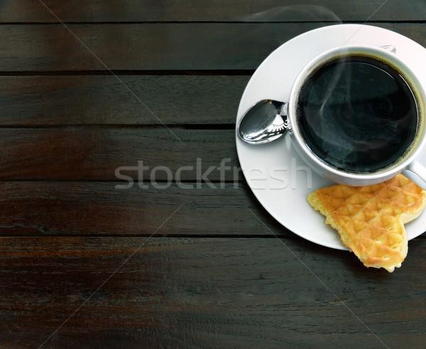 кофе вафельный Кубок свежие сердце темно Сток-фото © mobi68